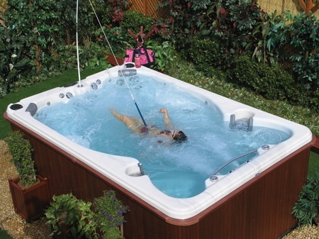 cal spas swim spas reviews hot tubs and spas jetted spa. Black Bedroom Furniture Sets. Home Design Ideas